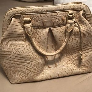Brahmin satchel in light gold. PERFECT CONDITION.